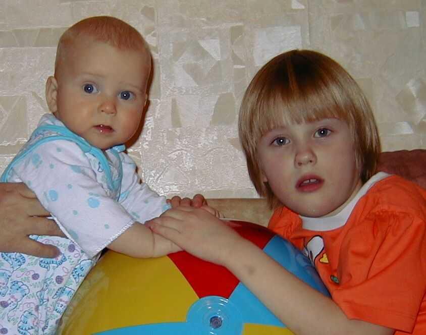 ТЕСТ Ревнив ли ваш малыш? Вы начинаете разговаривать с младшим